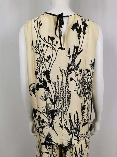 Ana Alcazr Bluse beige mit schwarzem Print von hinten